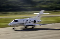 Aircraft landing. Aspen airport Royalty Free Stock Photo