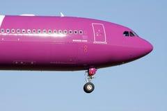 Aire Airbus A321 del wow Foto de archivo