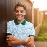 Aire libre adolescente sonriente en el verano Foto de archivo libre de regalías