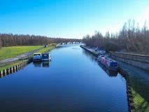 Aire y Calder Navigation cerca de Leeds, Yorkshire, Inglaterra fotografía de archivo libre de regalías