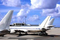 Airlanes en el aeropuerto de Miami Imágenes de archivo libres de regalías