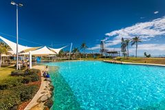 AIRLIE BEACH, AUS - SEPT 20 2017: Hot day the lagoon in Airlie b Royalty Free Stock Photos