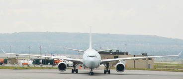 Airliner Frontal View Royalty Free Stock Image