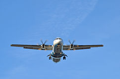 Airliner landing Royalty Free Stock Photography