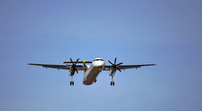 Airliner landing Royalty Free Stock Photo