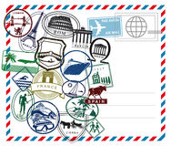 Airmail pocztówka z międzynarodowymi znaczkami ilustracja wektor