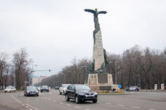 Airmen monument and traffic Stock Images