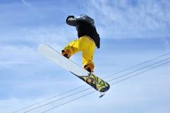 Airoski: snowboarder no céu Imagens de Stock