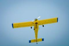 Airplaine durante o voo Captação de abaixo Fotografia de Stock Royalty Free