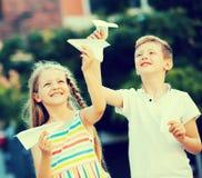Airplaines детей бумажные Стоковые Фотографии RF