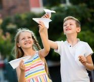 Airplaines de papel das crianças Imagem de Stock Royalty Free