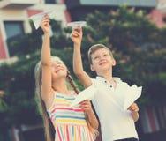 Airplaines de papel das crianças Imagens de Stock Royalty Free