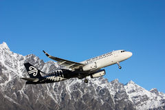 Airplane Air New Zealand take-off, Queenstown Stock Images