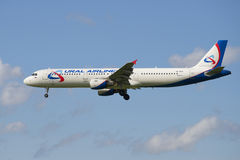 Airplane Airbus A321-211 (VQ-BOZ) airline Ural Airlines' in-flight Stock Photography