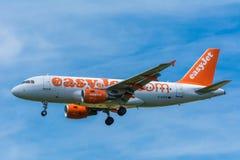 Airplane easyJet G-EZFR Airbus A319-100 Royalty Free Stock Photos