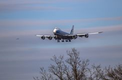 Airplane ist landing Royalty Free Stock Image