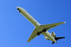 Airplane Landing Royalty Free Stock Photos