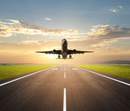 Airplane landing Royalty Free Stock Photography