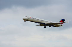 Airplane landing (Delta Airways) Stock Photo