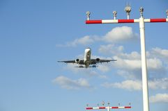 Airplane landing at Frankfurt Airport Stock Images