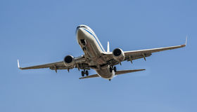 A airplane is ready to land Royalty Free Stock Photography