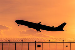 Airplane silhouette Royalty Free Stock Photography