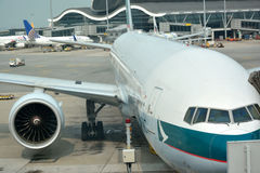 Airplane stopping, Hongkong Airport Stock Photo