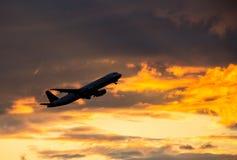 Airplane taking off Royalty Free Stock Photos