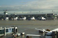 Airplanes in Munich International Airport Royalty Free Stock Photography
