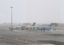 Airplanes on Prague airport Stock Photography
