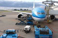 Airport. A plane is prepared for its flight from Amsterdam to Chengdu (China Stock Photo
