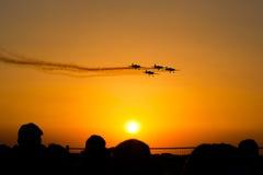 Airshow samoloty przy zmierzchem obraz stock