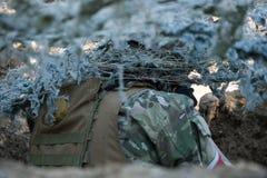 Airsoft-Soldataufwartung Stockfoto