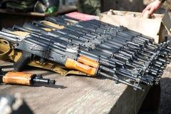 Airsoft vapen, Kalashnikov, automatiska vapen Fotografering för Bildbyråer