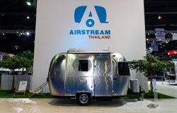 Airstream Klasyczny samochód na pokazie przy 37th Bangkok Międzynarodowym Motorowym przedstawieniem Obraz Royalty Free