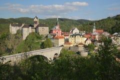 Airview sur le château de Loket Photo libre de droits