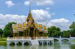 Aisawan-Dhipaya-Asana Paviljoen, het Paleis van de Klappijn, Thailand Stock Foto