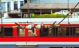 Aislador eléctrico en catenaria del tren Imagen de archivo libre de regalías