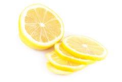 Aislamiento ascendente cercano del limón en blanco Fotos de archivo