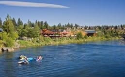 Aislante de tubo el río de Deschutes, curva, Oregon Imágenes de archivo libres de regalías