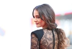 Aisling Franciosi walks the red carpet Stock Image