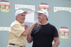 Aisner se entrevista con LeMond en el criterio de Stillwater Fotos de archivo libres de regalías