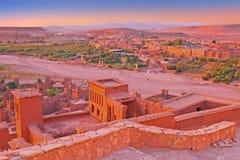 Ait在瓦尔扎扎特摩洛哥附近的本Haddou被加强的镇 免版税库存照片