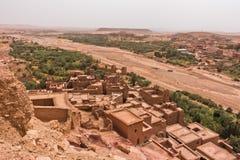 Ait本Haddou,联合国科教文组织世界遗产巴巴里人村庄鸟瞰图在摩洛哥 免版税库存照片