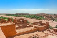 Ait Benhaddou Kasbah da opinião de assoalhos superiores, Marrocos Imagens de Stock