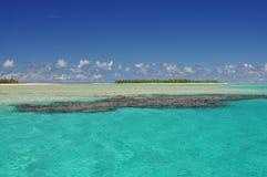 Aitutaki ha abbandonato l'isola e la scogliera Immagini Stock