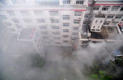 Aiuto nell'emergenza del fuoco Fotografia Stock Libera da Diritti
