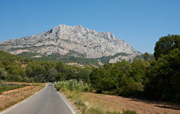 Aix en Provence stone mountain St. Victoire Royalty Free Stock Photography
