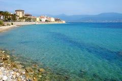 Ajaccio-Stadtbild und -ansicht über das Meer auf der Insel Korsika, Fra Lizenzfreie Stockfotos