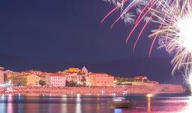 Ajaccio zatoka przy nocą podczas fajerwerku, Corsica wyspa, Francja Obraz Royalty Free